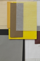 17_coloured-paper-lilly-lulay-2012-gold-gelb-grau.jpg