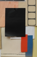 17_coloured-paper-lilly-lulay-2012-schwarz-rosa-rot-blau.jpg